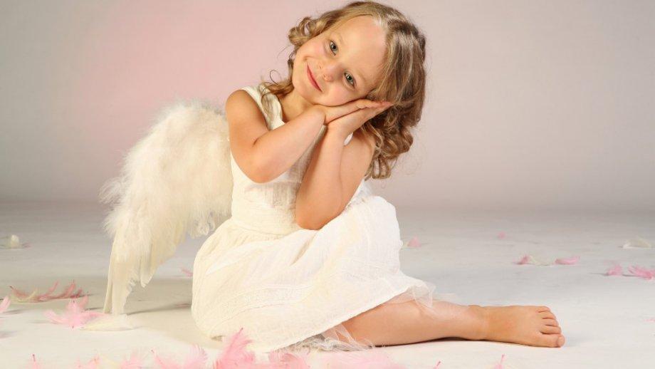 «Мама — ангел детства»: занятие для детей