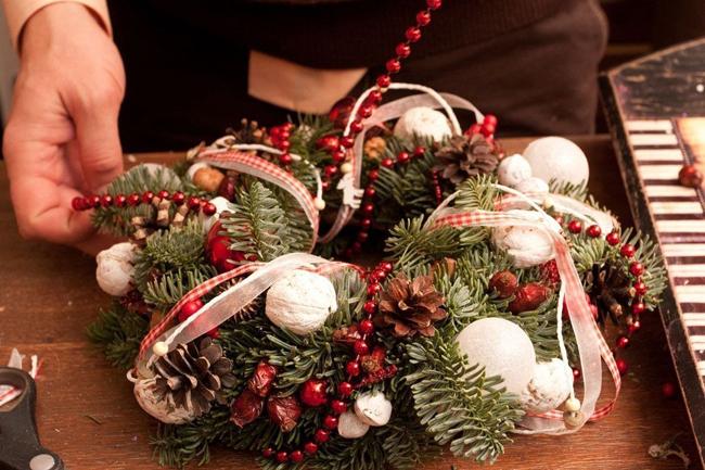Изготовление Рождественского венка