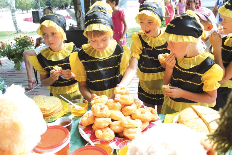 Праздник меда на Куршской косе