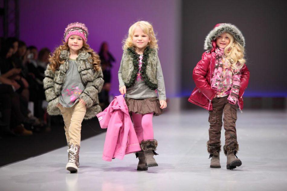 Детский модный показ