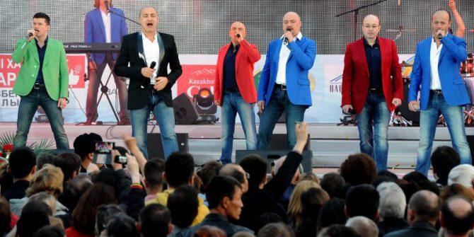 Хор Турецкого - Праздник песни на площади Победы