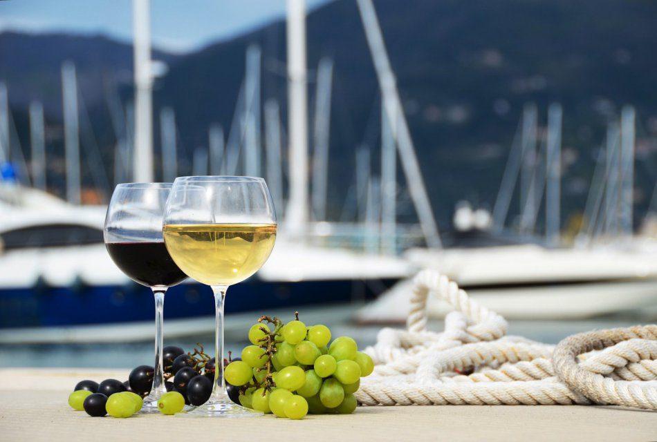 Фестиваль вина   Vino a babor