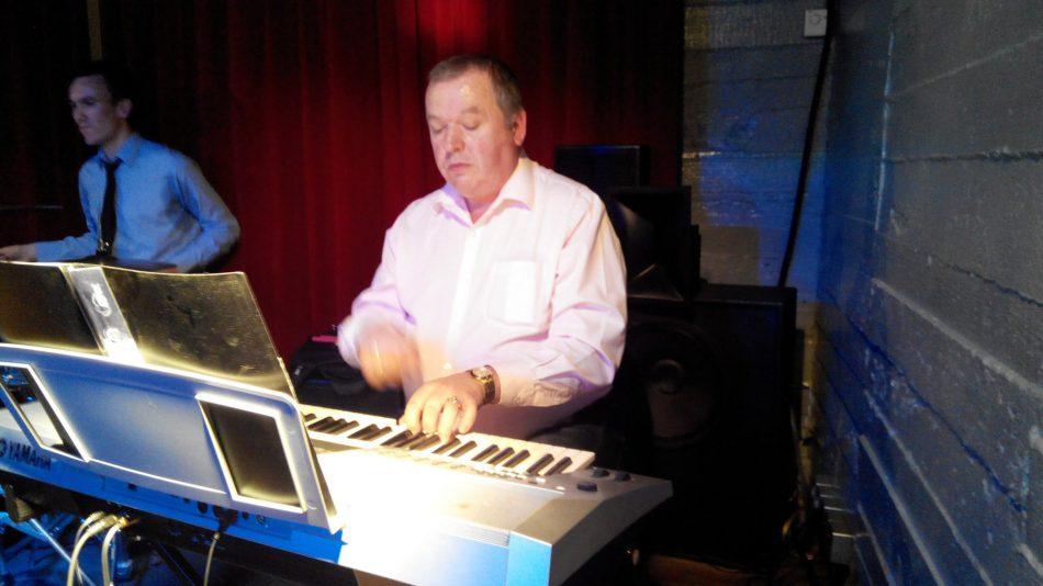 Музыкальный вечер с Алексеем Чуриковым (клавишные)