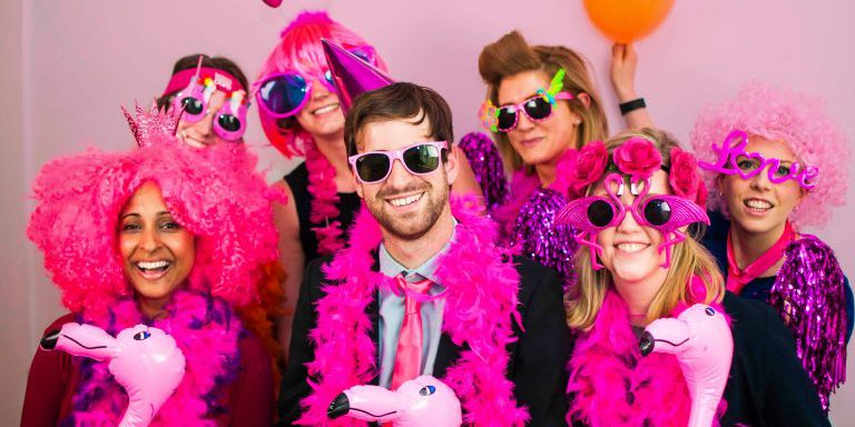 Pink party в баре Улицы