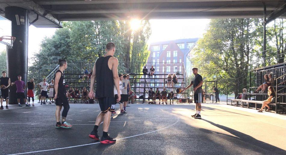 Открытый областной фестиваль уличного баскетбола «КОРОЛИ УЛИЦ»