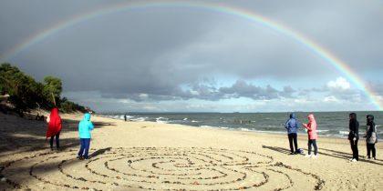 """Практика """"Лабиринт"""" на море в день Осеннего равноденствия:"""